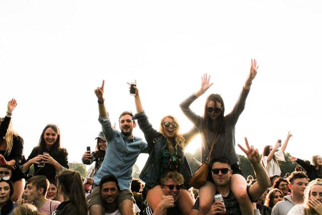 basic social skills - people enjoying themselves